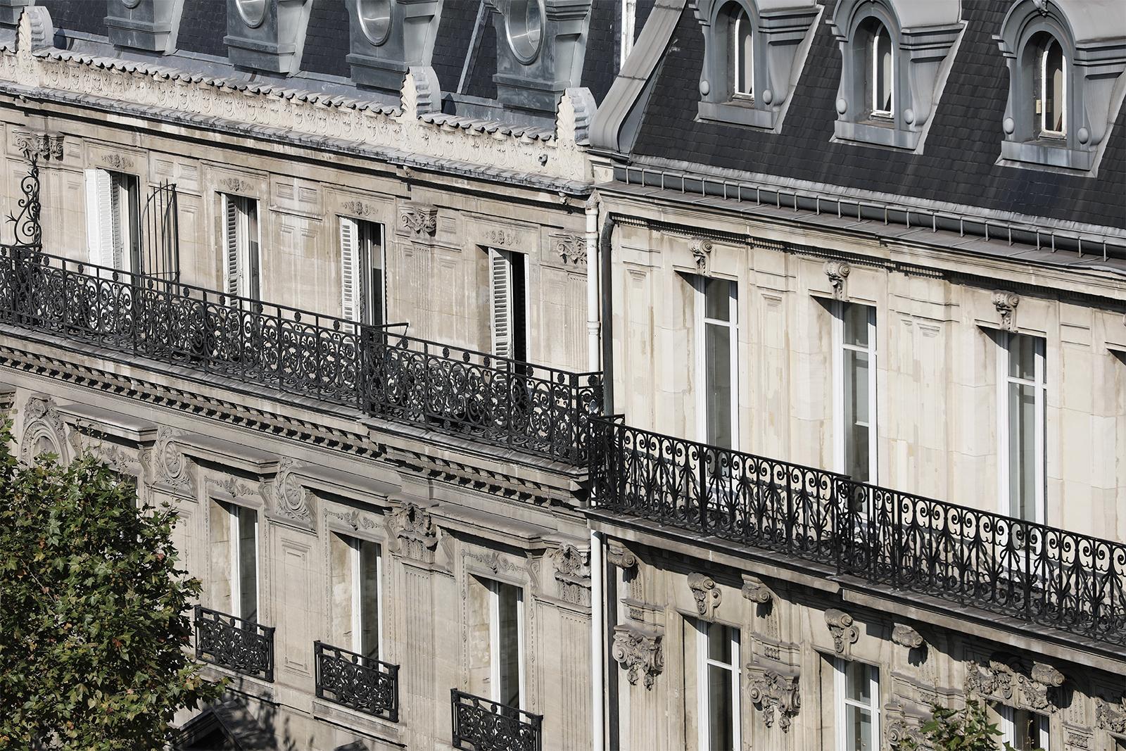 facade bureaux omedia immeuble haussmannien