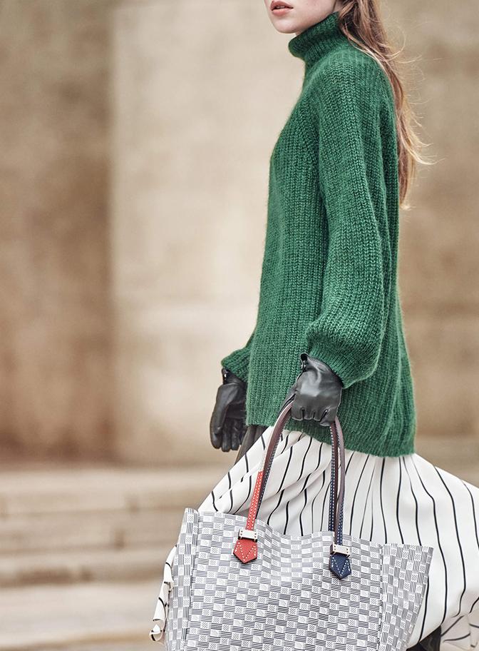 Femme pull vert sac moreau